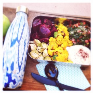 travel lunch in stainless steel lunch box